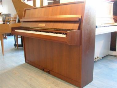 gebrauchtes klavier der marke grotrian steinweg braunschweig gebrauchte klaviere raum hamburg. Black Bedroom Furniture Sets. Home Design Ideas